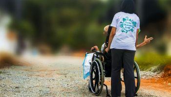 Neuer Pflege-Mindestlohn: Private Pflegeunternehmen fordern einen Sitz mehr in einer künftigen Pflege-Mindestlohnkommission