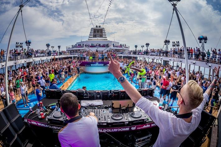 Freizeit, Tourismus, Unterhaltung, Musik, BigCityBeats, Kreuzfahrt, Party, Schifffahrt, Alle Farben, Bild, Tourismus / Urlaub, Hamburg