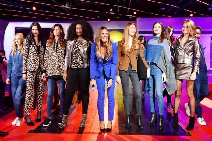 #LETSWOW,     Fashion / Beauty,     Kooperation,     Fashionshow     esmara by Heidi Klum,     Mode,     Verbraucher,     Handel,     Textil,     Lifestyle,     Wirtschaft,     Heidi Klum,     People,     Celebrities,     Bild,     Design,     #esmarabyheidiklum,     New York