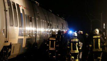 #Meerbusch,#Zugunglück,#News,Nordrhein-Westfalen,Feuerwehr,Deutscher Bahn