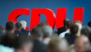 Volker Bouffier,Politik,CDU, Armin Laschet ,News,