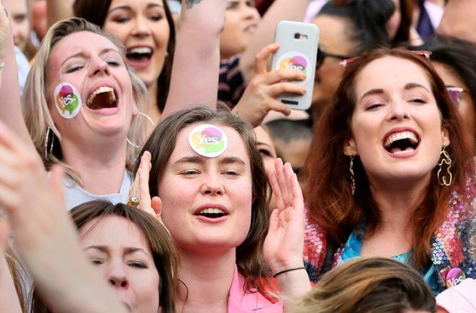 Recht auf Abtreibung,Abtreibungsverbot,Irland,Abstimmung,Nachrichten,Gesetze,Wahlen