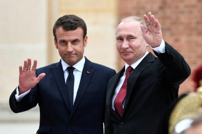 St. Petersburg,Ausland,Politik,Präsident, Wladimir Putin ,Emmanuel Macron,Wirtschaftsforum