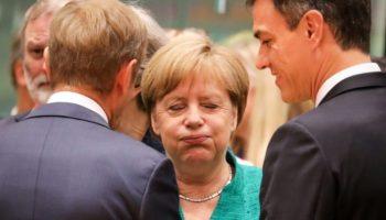 EU-Gipfel einigt sich ,Migration,Politik,Nachrichten, Donald Tusk,Brüssel,Italien,Bundeskanzlerin, Angela Merkel,Flüchtlinge