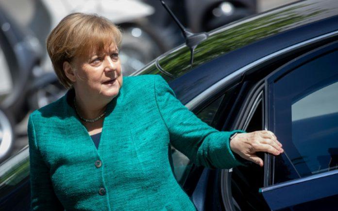 Asylpolitik eskaliert,CSU,Politik,Nachrichten,Bundeskanzlerin ,Angela Merkel ,Partei,Berlin