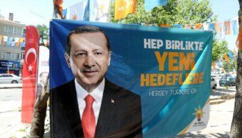 Türkei,Nachrichten,Wahlen,Politik,Ausland,Suruc,Wahlkampf im Süden der Türkei, Ibrahim Halil Yildiz