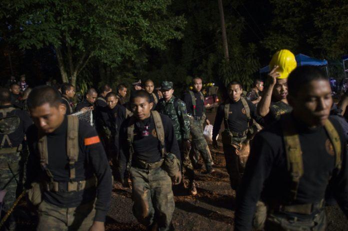thailändischer Höhle,Soldaten, Höhle in Thailand,Thailand ,Nachrichten,Ausland,Navy Seal,Chiang Rai, Passakorn Boonyaluck