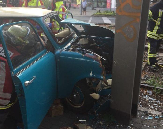 Dortmund,Nachrichten,Unfall,Trabbi,Verkehrsunfall