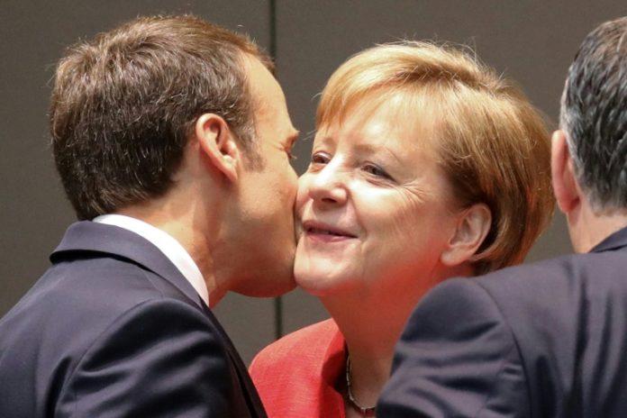 Paris, Politik, Nachrichten,Emmanuel Macron,Brüssel, Berlin, Angela Merkel , Eurozone,Merkel wird Anfang September in Paris erwartet