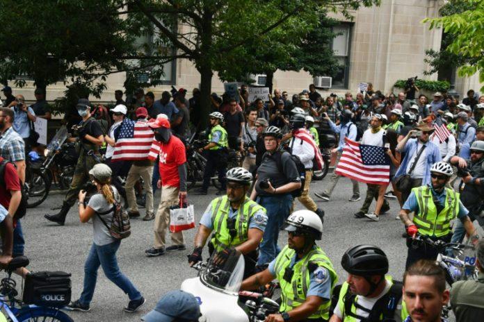 Polizei in Washington,Washington,Nachrichten,Virginia ,Ausland,Charlottesville