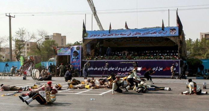 Iran,Nachrichten,Ahwas,Teheran,USA,Märtyern,Ausland,Militärparade im Iran