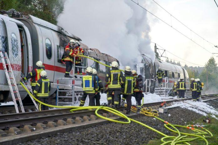 ICE gerät in Brand ,Köln,Frankfurt am Main, ICE,Zug,Schnellfahrstrecke,Nachrichten