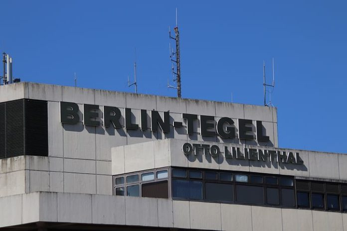 Reisehinweise , Flughäfen ,Schönefeld ,Tegel,Luftverkehr,Herbstferien,Service,Berlin,Flugverkehr