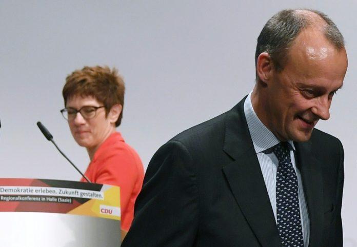 Annegret Kramp-Karrenbauer,Politik,Nachrichten,News,Presse,Aktuelles,Politbarometer,Berlin