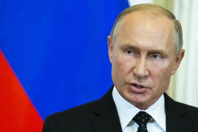 Wladimir Putin,Ausland,Kriegsrecht ,Angela Merkel,Ukraine,Kiew,Nachrichten,News,Presse,Aktuelles
