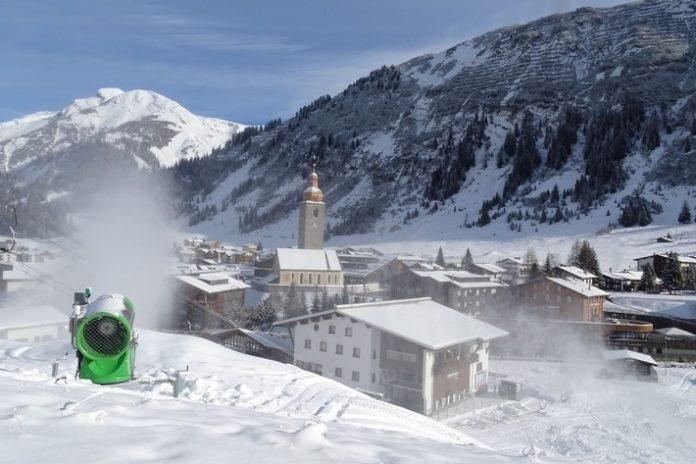 Skiwinter, Lech Zürs am Arlberg, Vermischtes, Ski, Freizeit, Lifestyle, Tourismus, Reise, Bild, Finanzen, Gastgewerbe, Panorama, Wirtschaft, Sport, Fashion / Beauty