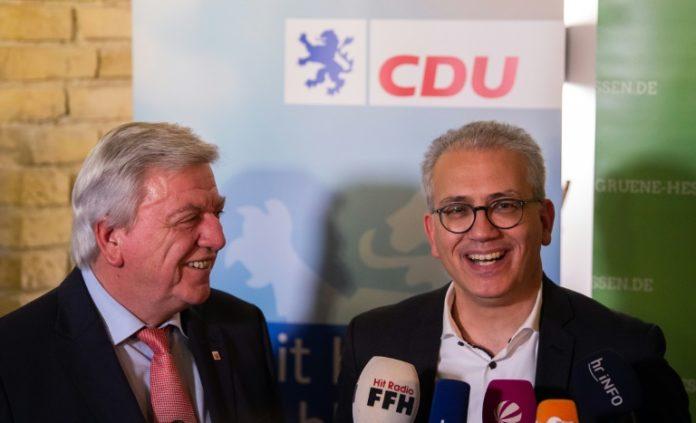 Koalitionsvertrag,Hessen,CDU,Grüne,Volker Bouffier,Wiesbaden, Tarek Al-Wazir,Politik,Presse,News,Aktuelles