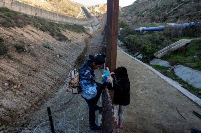 Mexiko,Migrantenkinder,Guatemala,Migrant,Flüchtling,Kind,News,Presse,Aktuelles,Grenzschutz,Nachrichten,Schutzmaßnahmen,Haushaltsstreit,