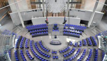 Frauenwahlrecht,Berlin,Politik,,Feierstunde im Bundestag,Bundestag,News,Presse,Aktuelles,Nachrichten
