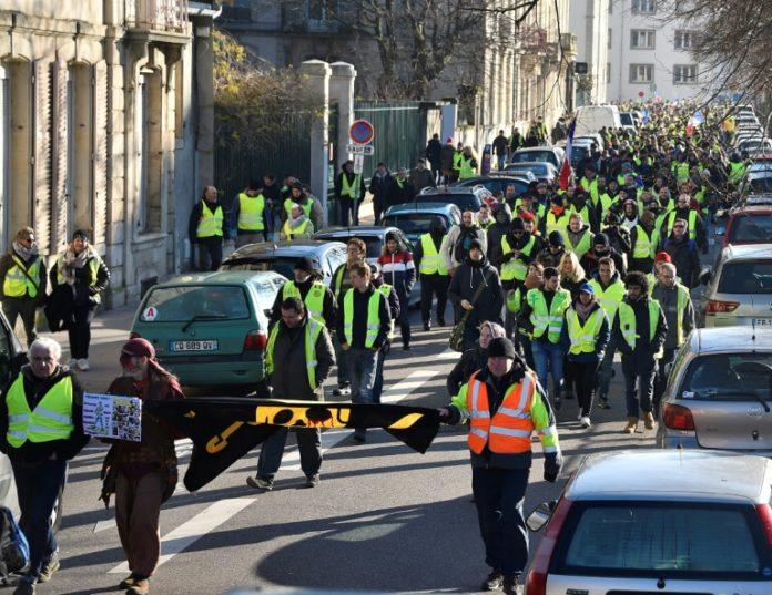 Frankreich,Gelbwesten,Politik,Auslanf,Außenpolitik,Nachrichten,News,Presse,Aktuelles,Emmanuel Macron