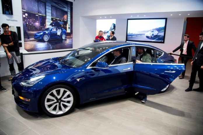 Tesla,Elektroautobauer,Auto,News,Presse,Aktuelles,Model 3