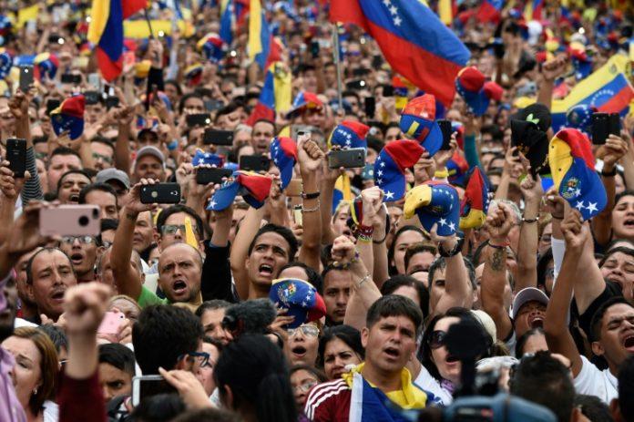 Venezuela, Juan Guaidó,Außenpolitik,News,Presse,Aktuelles,Nachrichten,Präsident ,Donald Trump,Maduro