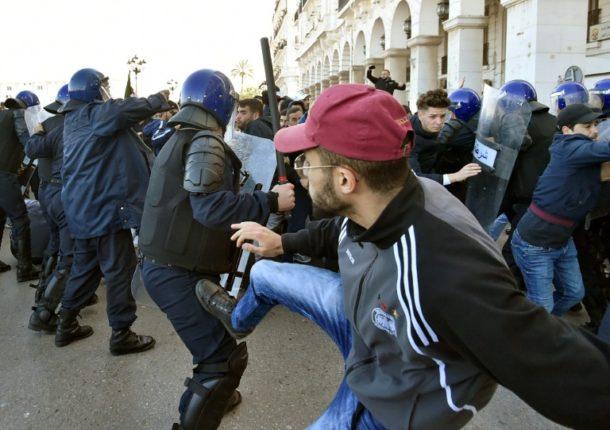 Protest,Algier,