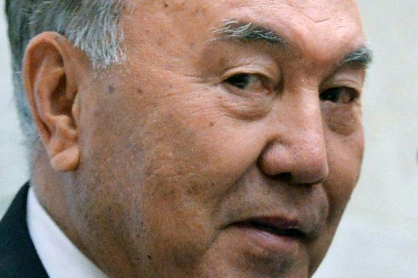 Nursultan Nasarbajew,Kasachstan,Außenpolitik
