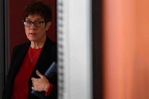Annegret Kramp-Karrenbauer,Grundrente,Politik