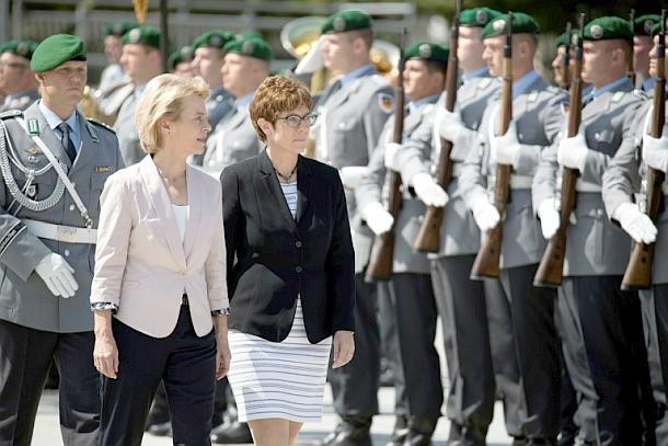 Ursula von der Leyen,Annegret Kramp-Karrenbauer,Politik,Presse,News,Medien