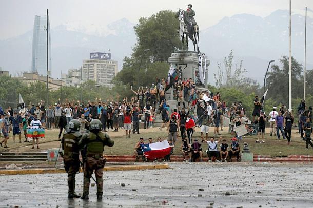 Chile,Sebastián Piñera,Gerwalt,Presse,News,Medien,Aktuelle,Santiago de Chile