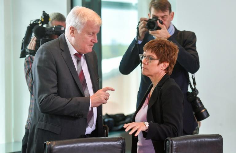 Horst Seehofer,Berlin,Politik,Presse,News,Medien,Aktuelle,Bootsflüchtlingen