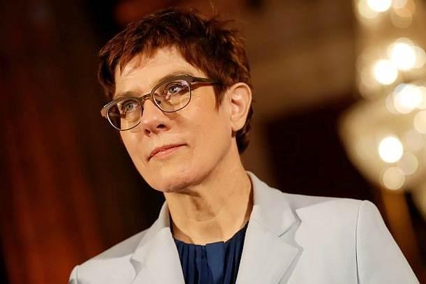 Annegret Kramp-Karrenbauer,Presse,News,Medien,Aktuelle
