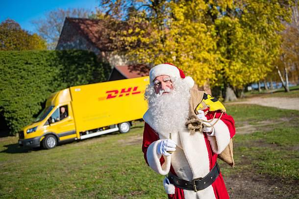 Der Weihnachtsmann kommt im StreetScooter XL