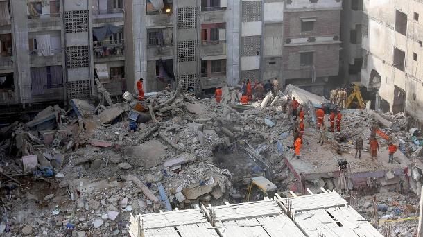 Flugzeugabsturz,Pakistan,Presse,News,Medien