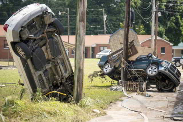 Unwetter in Tennessee fordern mindestens 23 Tote