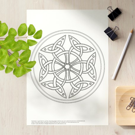 Celtic Triquetra Colouring Page