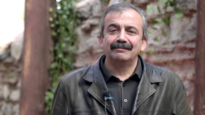 Sırrı Süreyya Önder Öcalan'ın Newroz mesajı hakkında konuştu
