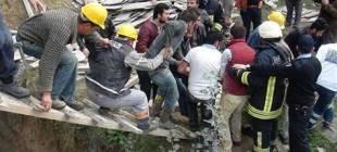 Tekirdağ'da inşaat iskelesi çöktü 4 işçi yaralı!