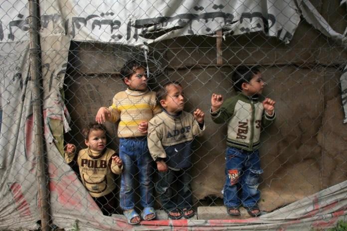 Dünyada yaşanan çatışmaların ve aşırı şiddetin milyonlarca çocuğu yıkıcı düzeyde etkilediğini belirten UNICEF, 2014 yılını çocuklar için yıkıcı bir yıl ilan etti.