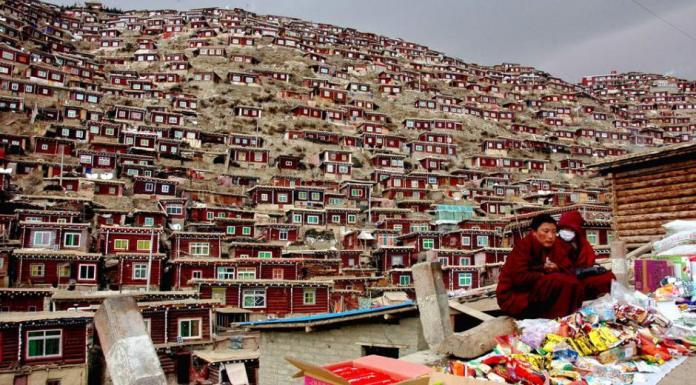 Larung Vadisi - Tibet (12)