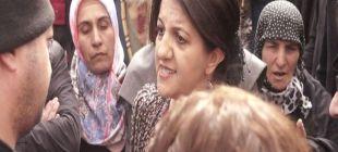 Pervin Buldan: Ben Öcalan'la görüşüyorum, sen pankarta izin vermiyorsun