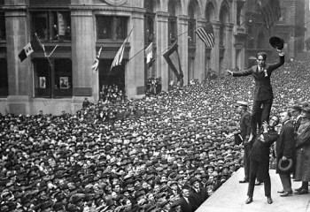 Tarihin önemli anlarına tanıklık eden 15 fotoğraf