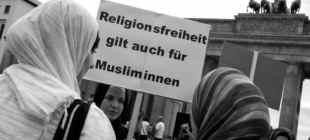 'Başörtü' konferansı Alman üniversitesini karıştırdı: 'Bu 'İslamofobi'ye hizmet'