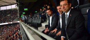 Beşiktaş taraftarından İmamoğlu tezahüratı: Mazbatayı ver