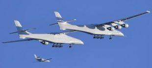 Dünyanın en büyük uçağı 2,5 saatlik test uçuşu yaptı