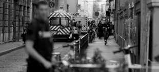 Fransa'da bombalı paket patladı: 10 yaralı