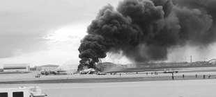 Rusya'da yolcu uçağı iniş yaparken alev aldı: 41 kişi öldü, 22 kişi kurtuldu