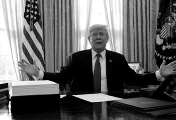 Trump Çin'e 'rest' çekti: Kalan 325 milyar dolarlık ürüne de gümrük vergisi geliyor
