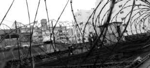 İtalyan mafya lideri cezaevinin çatısındaki delikten halat sarkıtarak kaçtı